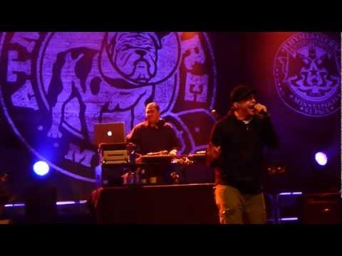 Atmosphere -Guns and Cigarettes - Live @ The Knitting Factory, Spokane WA 9/12/2012