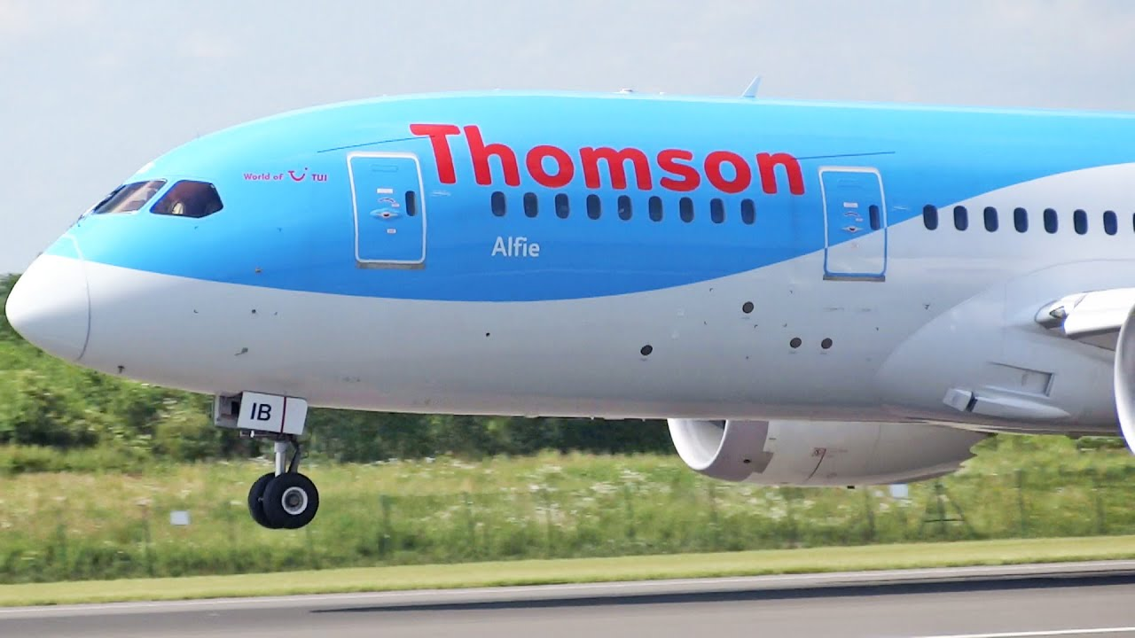 Thomson Boeing 787-8 Dreamliner G-TUIB Take Off at Manchester ...