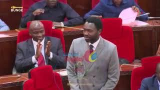Baada ya Ajali, Waziri Kigwangalla Apokelewa Kwa Shangwe Bungeni