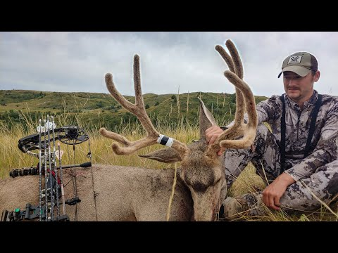 North Dakota 2019 Mule Deer Bow Hunt - Self Filmed Public Land