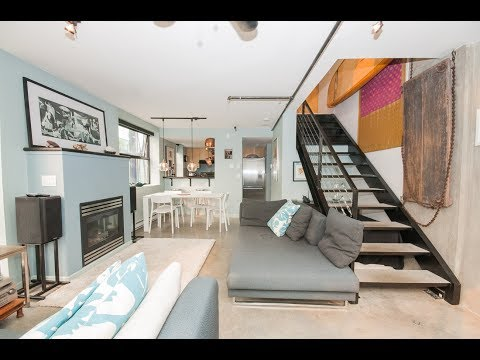 Furnished Loft in Vancouver West ID: 4574