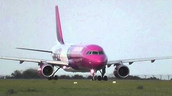 Wizz Air - take-off Prague Airport LKPR