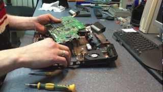 Asus Lamborghini VX7Sx Disassembling the laptop