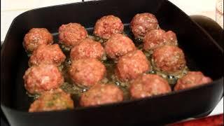 Homemade Gravy and Meatballs