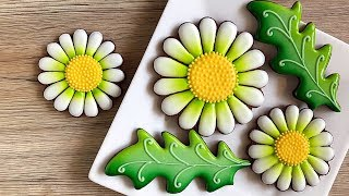 How to decorate chamomile cookies. Relaxing video.