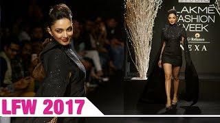 Kiara Advani walks ramp at LFW Winter Festive 2017