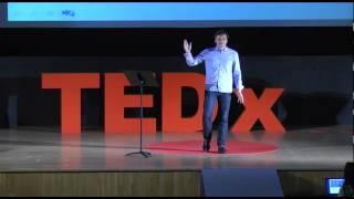 La felicidad un equilibrio entre lo nuevo y lo familiar | Juan Planes | TEDxLaValldUixo