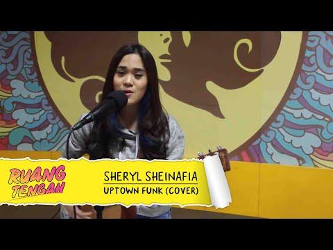 Sheryl Sheinafia & Eda - Uptown Funk (BRUNO MARS COVER LIVE) at Ruang Tengah Prambors