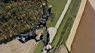 Friday Freakout: Crazy Low Pull On 4-Way Formation Skydive!