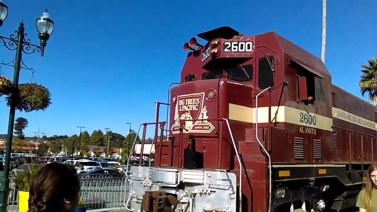 Santa Cruz Beach Train Leaving