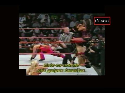 Trish Stratus & Ashley Vs. Victoria & Candice Michelle - WWE Experience - Subtitulado en Español