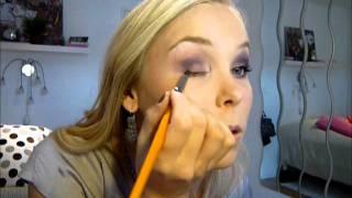 maquillage de soire dans les tons mauves et violets idal pour les yeux clairs