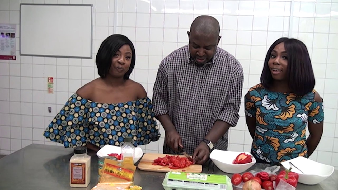 PETITE HARMONY FOOD TUTORIAL :COOKING AFRICAN FOOD WITH OUR DAD-YAM& EGG