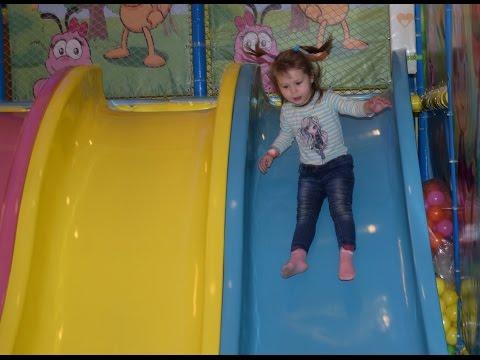 Детская игровая площадка в гипермаркете Южный Казань, горка, батут, развлечения