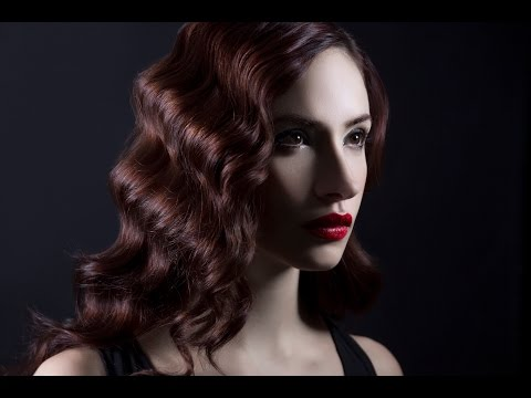 2 Speedlight Hollywood Glamour Portrait with Lindsay Adler and Rogue FlashBender 2 XL Pro