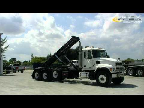 2006-mack-granite-roll-off-truck-26667