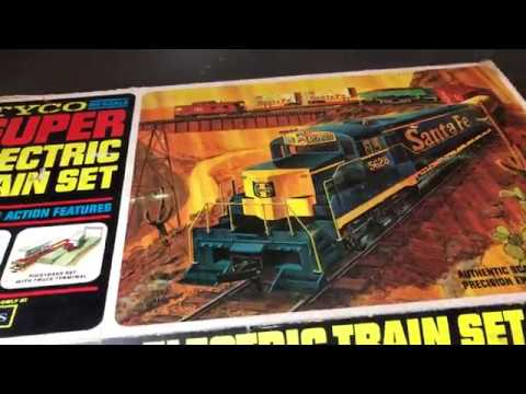 Auction Find! Tyco HO Scale Super Electric Santa Fe Freight Train Set