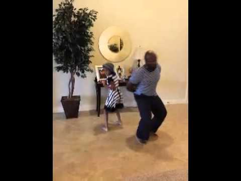Daddy n Daughter watch me whip n nae nae dance off