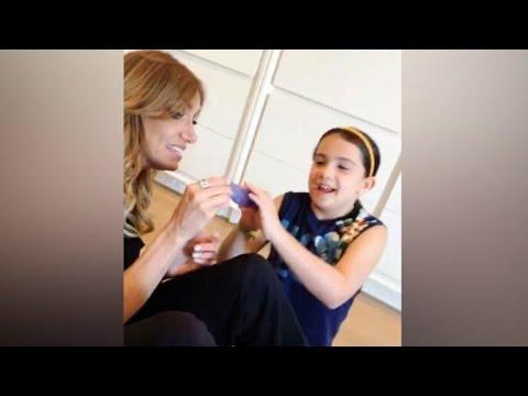 thal237a y lili estefan juegan con la hija de thal237a sabrina