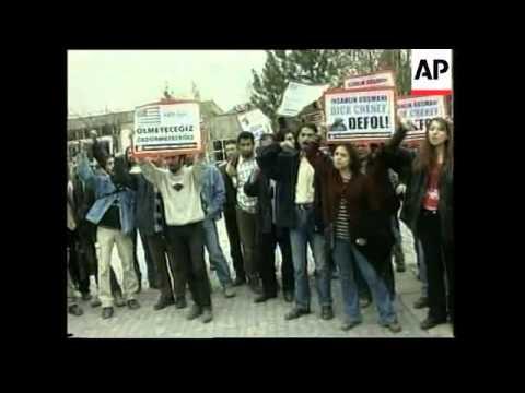 US vice-president arrives, student protests, Kurdish comment
