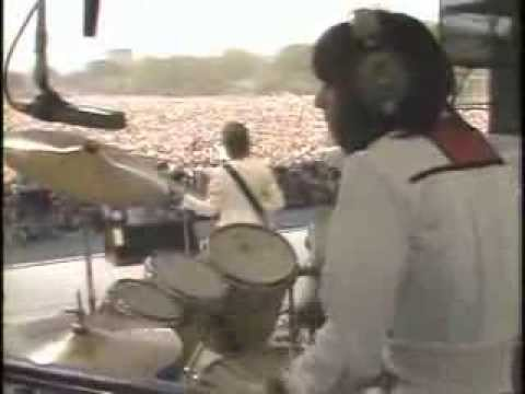 Elton John - Funeral for a Friend/Love Lies Bleeding (Central Park 1980)