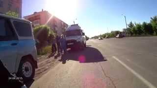 Темиртау под колесами машины побиг мальчик 24 06 2015(, 2015-06-24T16:21:43.000Z)