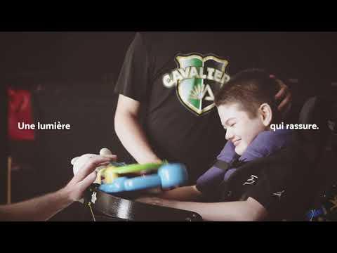 Une nouvelle image de marque et une porte-parole lumineuse pour faire briller le Phare, Enfants et Familles