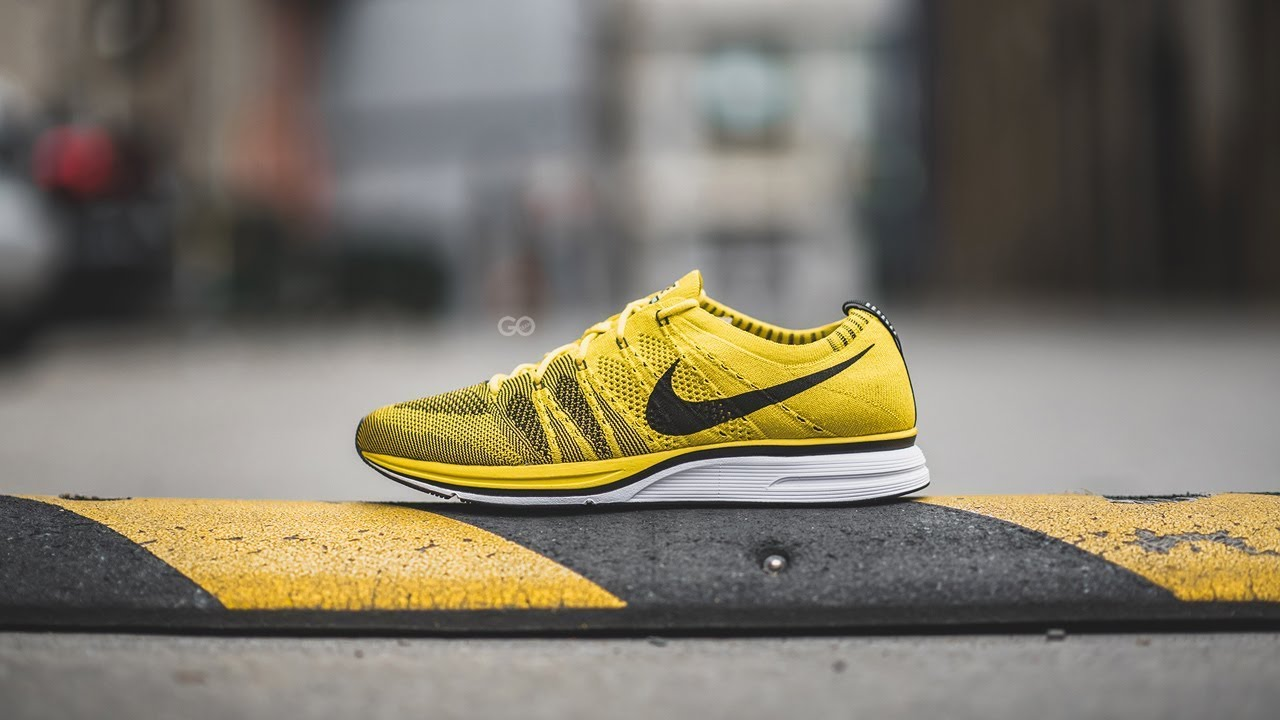 timeless design 11f0a 09f11 Review   On-Feet  Nike Flyknit Trainer