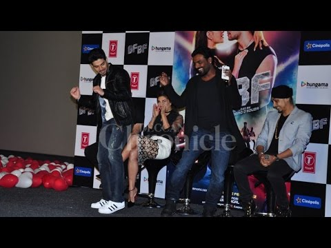 Jacqueline Croons & Sooraj Stunning Dance At The GF-BF Launch And It's Worth a Watch!