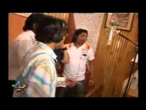 RAJ THACKERAY,SHANKAR MAHADEVAN, KUNAL GANJAWALA N AJAYATUL COMPOSING SONG FOR MNS!!!
