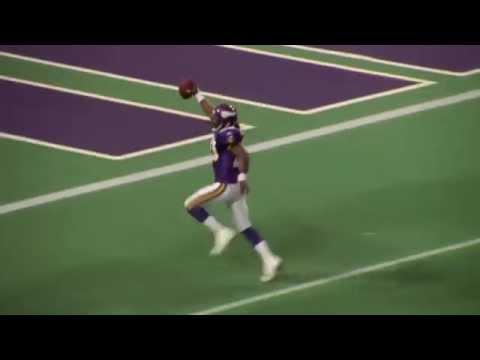 Randy Moss Laterals to Moe Williams - Minnesota Vikings