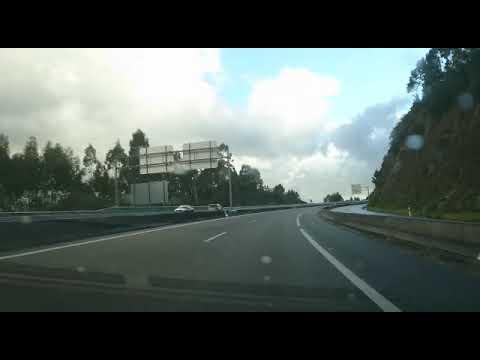 Un kamikaze siembra el pánico en la autovía de Barbanza