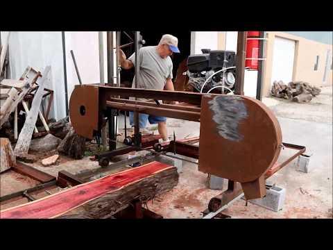 Homemade Sawmill Cutting Cedar Log Slabs with worn out blade