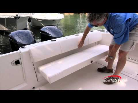 Robalo R305 Test 2013- By BoatTest.com