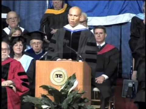 Mayor Cory Booker addresses Brandeis Commencement 2009