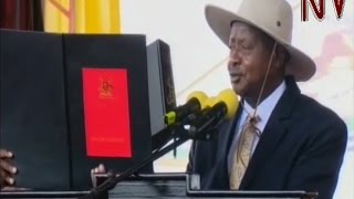 Museveni sworn in for a 6th term