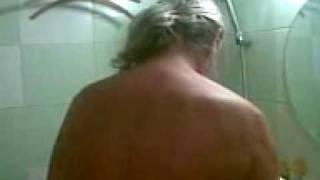Тр-тр-ка в туалете