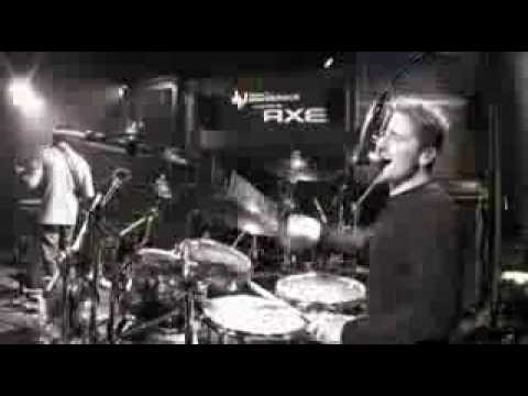 Nickelback-Gotta Be Somebody (Live At AOL Sessions)