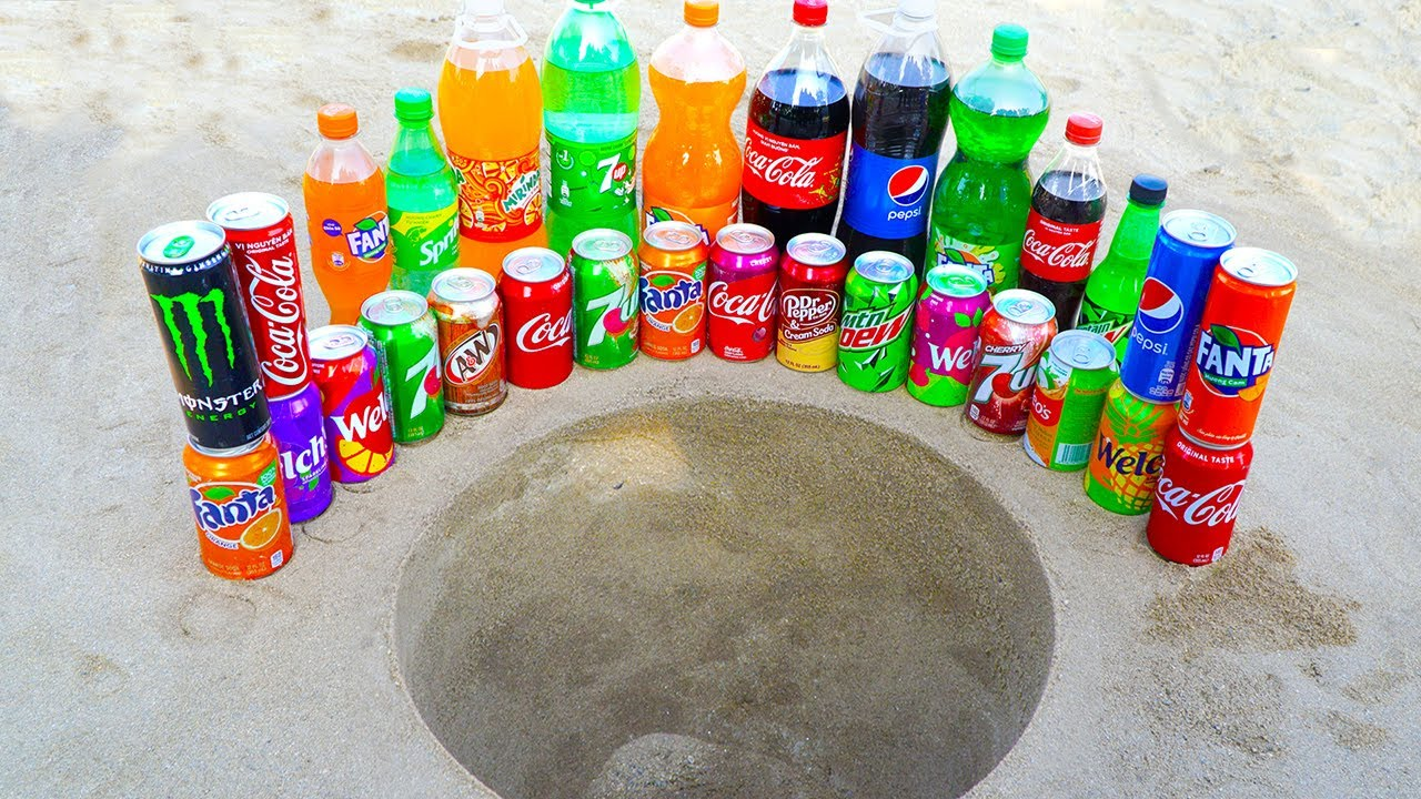 Download Big or Small Fanta, Coca Cola, Pepsi and Many Other Popular Sodas VS Mentos in Double Underground!