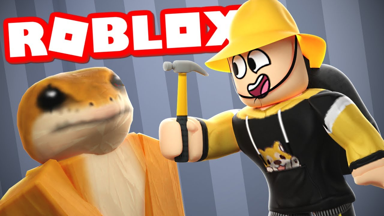 A STRANGER HELPED ME FURNISH MY HOUSE IN ROBLOX BLOXBURG