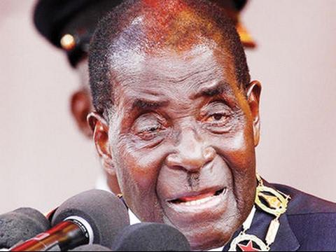 President Mugabe Wets Himself During SADC Troika Summit  -Gabarone