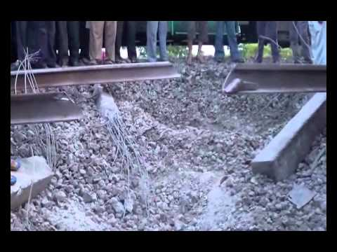 Maoists blow up railway track near Gaya in Bihar
