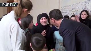بالفيديو.. الأسد وزوجته يستقبلان مخطوفي قرى ريف اللاذقية المحررين