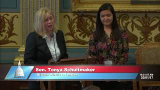 Sen. Schuitmaker honors Jackie Guzman at Michigan Senate