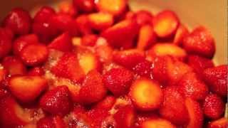 How To Make Strawberry Jam - The Easy Way