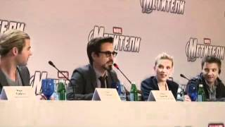 [The Avengers Cast Interview in Russia] Which Avenger is The Coolest?