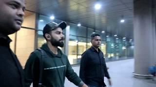 Virat Kohli Spotted & Surprised By Anushka At Airport