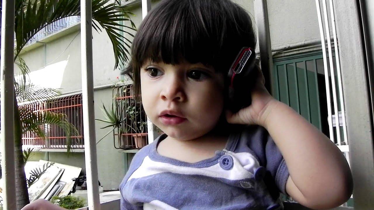 Bebe Hablando Por Telefono: La Bebe Que Habla Por Telefono