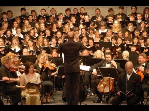 Chór Nowodworski & Singing Patriots: L. van Beethoven - Missa in C op. 86