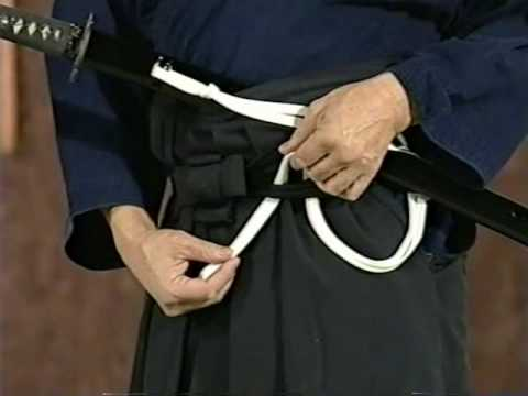 Samurai Sword Girl Wallpaper Introduction To Iaido Part 3 Wearing The Sword Youtube